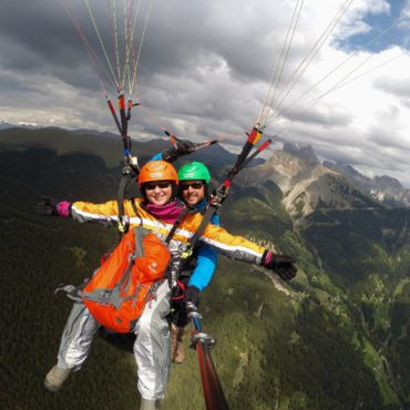 Scary or awesome? Paragliding in Val Gardena, or My Monthly Challenge June